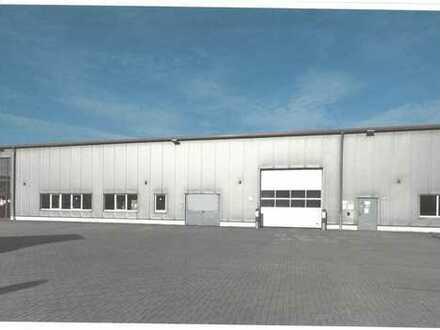 direkt an der A2: Produktionshalle mit Bürogebäude