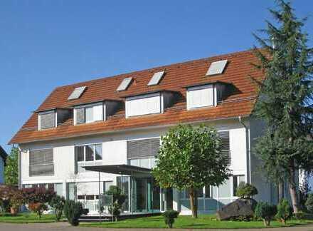 hochwertiges helles Haus mit oder ohne Büro, Garten, Balkon, Wintergarten