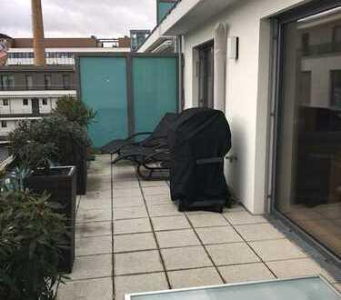 Exklusive, neuwertige 3-Zimmer-Dachterassenwohnung in Sendling, provisionsfrei