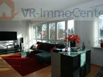 Mitten in Laupheim: Penthouse-Wohnung mit ruhiger Dachterrasse und Wintergarten