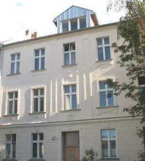 DI- schöne 2-Zimmer Wohnung im EG zu vermieten