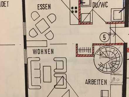 Gepflegte 2,5-Raum-Maisonette-Wohnung mit Balkon in Owen