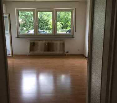 3-Zimmer-Hochparterre-Wohnung mit Balkon und EBK in Bad Homburg