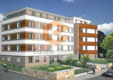Terrassenwohnung mit eigenem ca. 50 m² Gartenanteil, Einbauküche & Tageslichtbad!