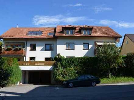 +++ Von der Sonne geküsst - Lichfdurchflutete Dachgeschosswohnung +++