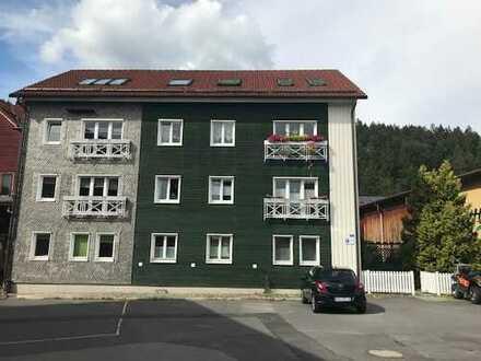 Freundliche, gepflegte 3-Zimmer-Wohnung direkt am Fahrradweg in Suhl- Mäbendorf