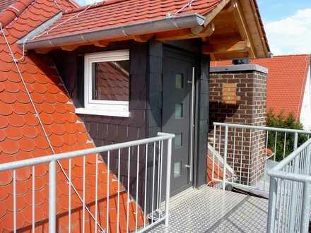 Moderne 1-Zimmer-DG Wohnung möbliert/unmöbliert, Gartenmitbenutzng - Sinsheim-Innenstadtnähe