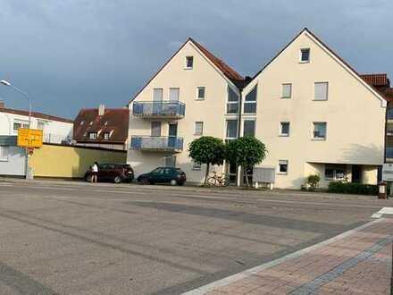Kleine 1-Zimmerwohnung mit Terrasse zum bezahlbaren Preis – mit TG-Stellplatz