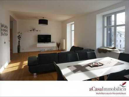 Top Ausstattung, super schick und modern! 4,5 Zi-Wohnung mit West-Balkon, EBK und Stellplatz