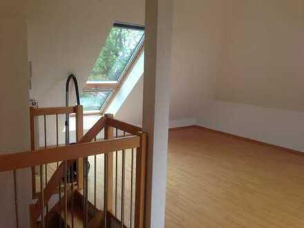 890 €, 72 m², 3 Zimmer