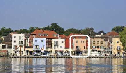Einzigartige Gelegenheit: Haus am See. EFH in erster Lage am Malchower Stadthafen!