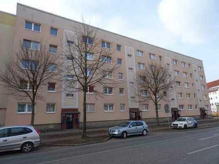 *Paul Immobilien präsentiert* schöne & helle 2 Zi Wohnung