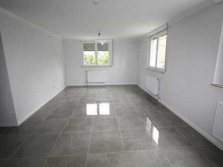 Wohnen wie im Neubau! Hochwertige 3 Zimmerwohnung mitten in Lindtweiler!
