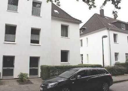 Einziehen und wohlfühlen: Single-Appartement mit großer Wohnküche im DG !