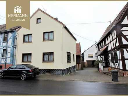 Limeshain-Hainchen, EFH mit Scheune, Nebengebäude und großem Grundstück