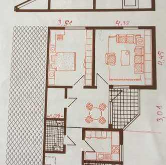 Sehr gepflegte 2,5-Zimmer-DG-Wohnung mit Balkon und EBK in Ellwangen // herrliche Aussicht