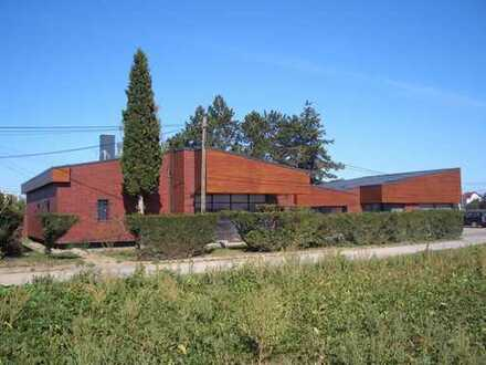 ***** Stilvolles Architektenhaus in exklusiver Lage! *****