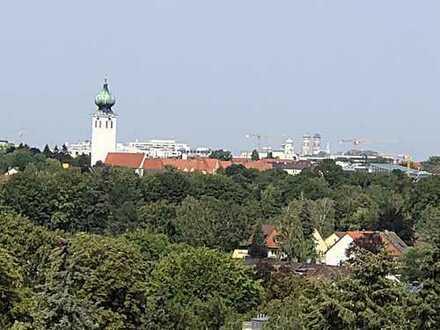 Toprenovierte 4-Zi.-Wohnung mit schönem Süd-/West-Balkon Blick über ganz München bis in die Alpen!