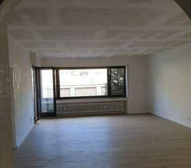 Kernsanierte 3 Zimmer Wohnung in Köln Nippes