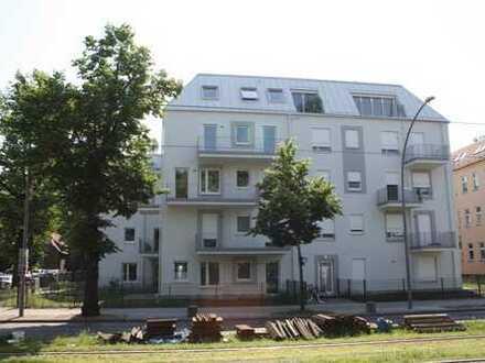 Willkommen zu Hause - Top geschnittene 2-Zimmer-Wohnung - Einbauküche + Tageslichtbad