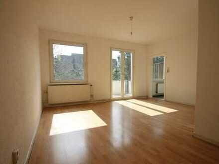 Oststadt: Helle 1-Zimmer-Wohnung mit Balkon
