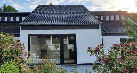Erstbezug nach Sanierung - attraktive 3-Zimmer-Wohnung mit EBK, Terrasse/Garten