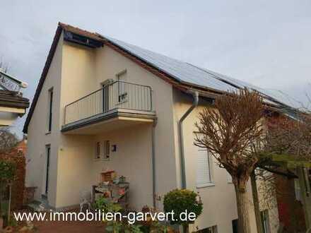 Vermietung - Renovierte 2-Zimmerwohnung im Dachgeschoss mit Balkon in schöner Lage von Borken-Gemen