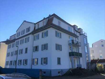 Ideal gelegenes Schmuckstück - Uninähe: 1-Zimmer-DG-Wohnung in Augsburg