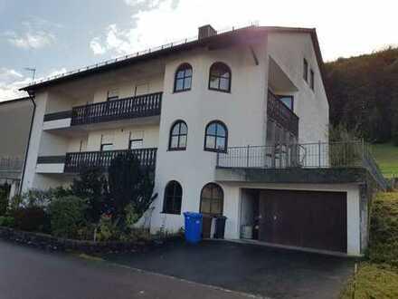 Herrschafltiches Haus mit Garten und Terrasse
