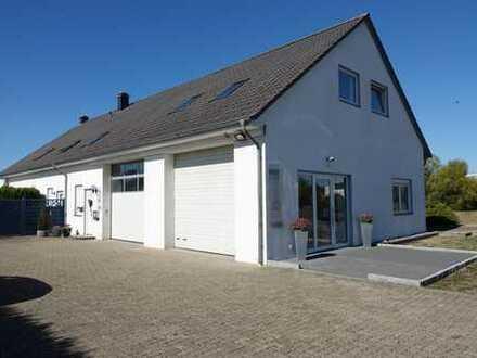 Wohnen & Arbeiten unter einem Dach: Gepflegtes + vielseitig nutzbares Wohn- und Gewerbeobjekt