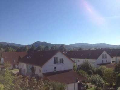 Gesucht-Gefunden-Provisionsfrei Gekauft: Dachgeschoss-Wohnung mit herrlichem Ausblick!