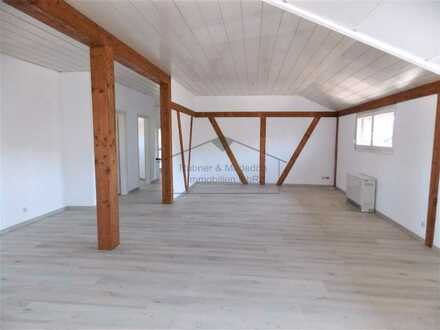 Helle gepflegte Dachgeschoss-Wohnung in ruhiger Wohnlage in Meckesheim