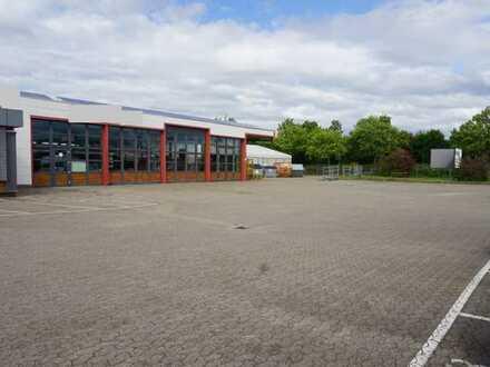 Gepflegte KFZ-Werkstatt/Produktionshalle mit Außenfläche in Kehl/Gewerbegebiet, beste Lage
