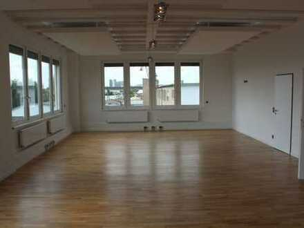 Attraktive Service- und Büroflächen 250 m2 ebenerdig *Provisionsfrei*