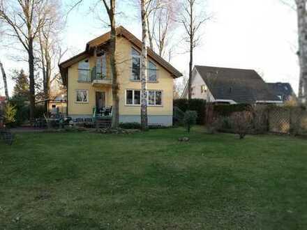Schönes Haus mit neun Zimmern in Potsdam-Mittelmark (Kreis), Teltow