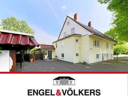 Luxuriöse Haushälfte in Wilhelmsburg!