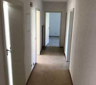 Großzügige 3-Zimmerwohnung im Schönen Arzberg