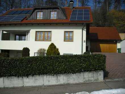 Gepflegtes Einfamilienhaus mit Einliegerwohnung in Eichstätt (Kreis), Wellheim Konstein