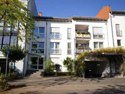 Liblar! Moderne, lichtdurchflutete 3 Zimmer Wohnung mit Tiefgaragenstellplatz