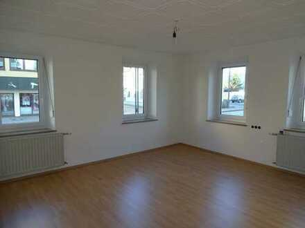Helles, geräumiges zwei Zimmer Appartement in Gersthofen, Zentrum