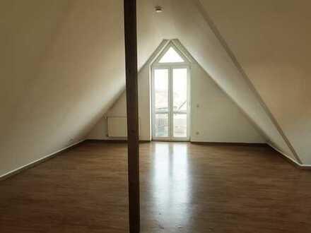 !! Schöne 3-Zimmer LOFTwohnung im DG in zentraler Lage von Heiden !!