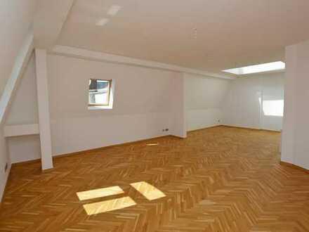 Leerstehendes Dachgeschoss - frisch renoviert