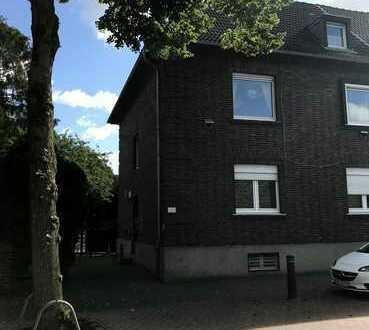 Erstbezug nach Sanierung mit Balkon: freundliche 3-Zimmer-Wohnung in Bocholt