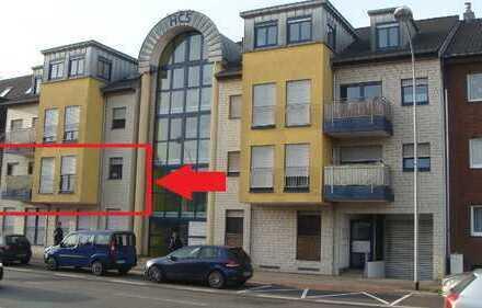 Zentrale 3 Zimmer Wohnung mit kleinem Balkon