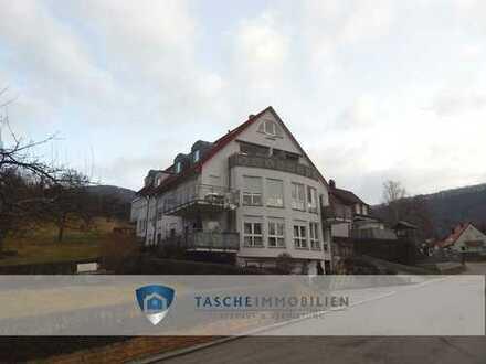 Sonnige, großzügige Maisonettewohnung im Herzen von Dettingen/Erms