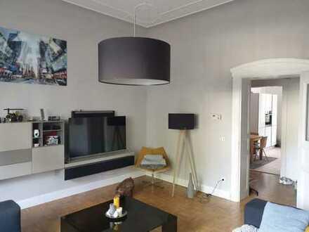 tolle, moderne Altbauwohnung mit speziellem Flair