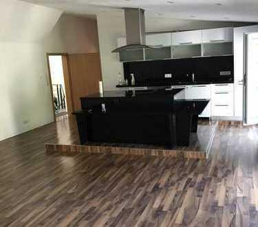 800 €, 108 m², 3 Zimmer