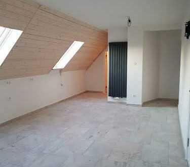 Bild_ERSTBEZUG! Vollsanierte und modernisierte Maisonette Wohnung