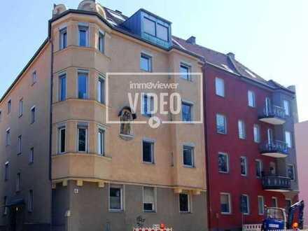 Helle, gut geschnittene 3 Zimmerwohnung mit EBK und Einzelgarage in zentraler Lage!