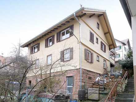 Freistehendes 1-2-Familienhaus mit Garten und viel Platz für die ganze Familie